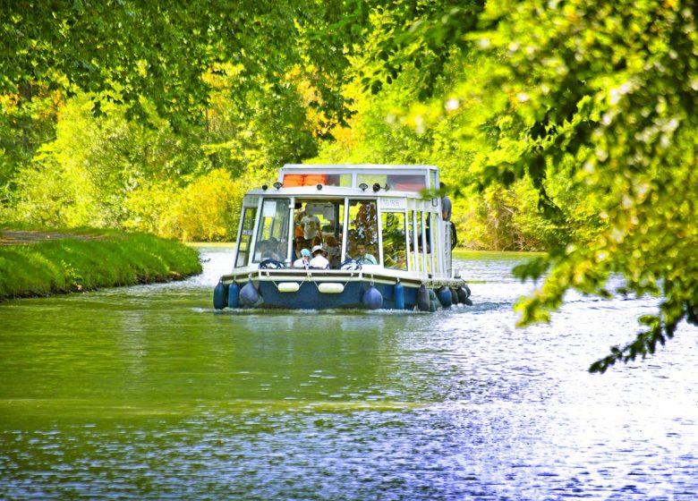 Canal du Midi bateau © C.Deschamps