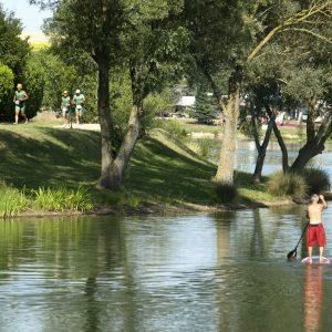 Tésauque lake