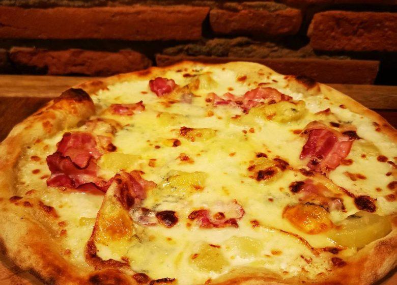 Mamita Pizza 6
