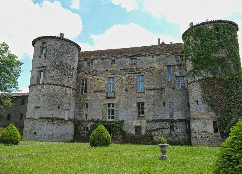 Chateau_de_Loubens-Lauragais _-_ Chateau _-_ 02 _-_ 2016-06-05