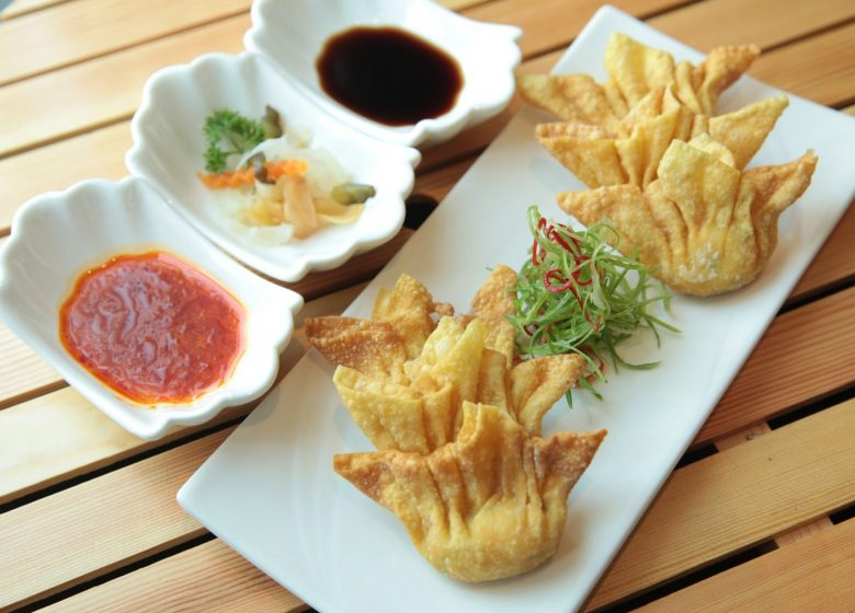 asian-food-2090943_1920